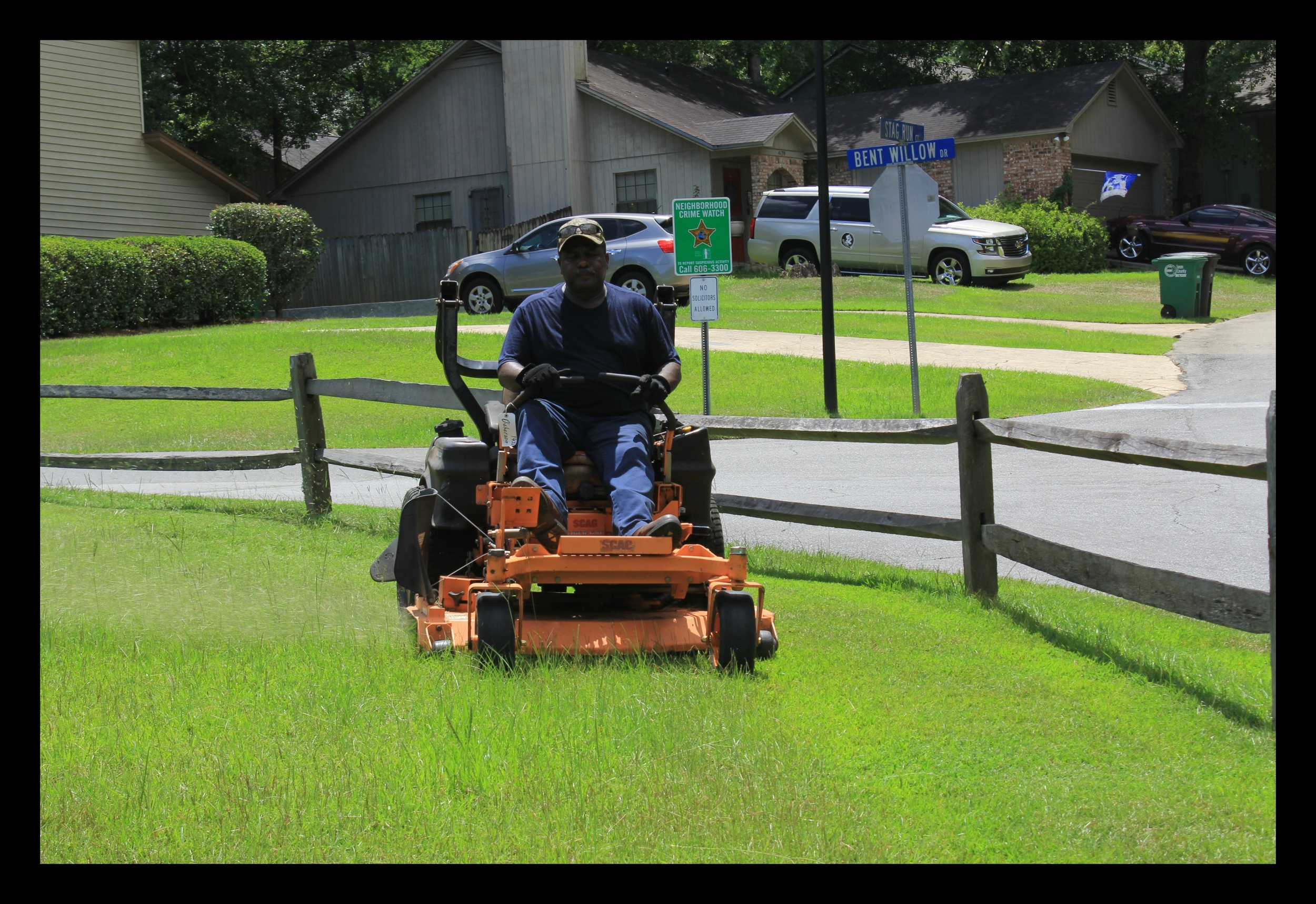 Tallahassee Lawn Care Crew member