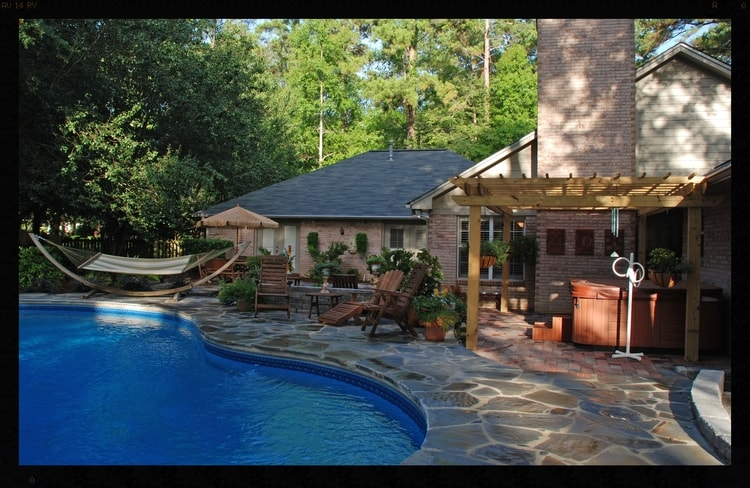 Pool deck with stones
