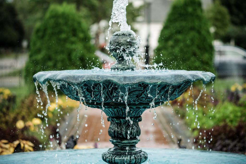 Fountain, Munsinger Gardens 8/17/18 #munsingerclemens #fountains