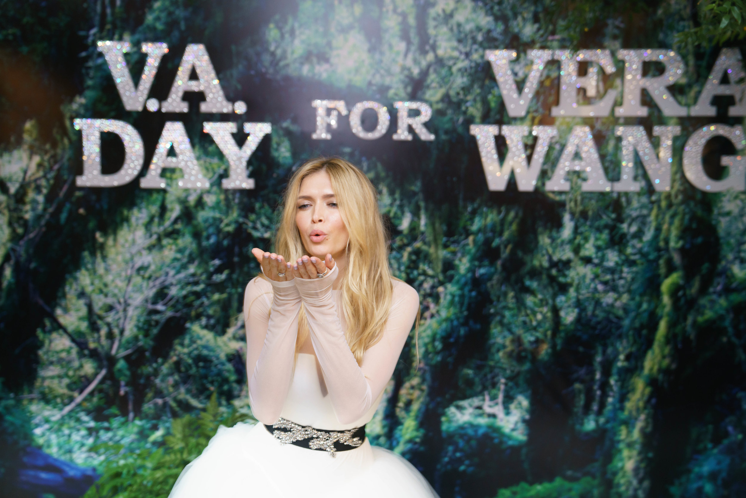 Vera Wang by VA Day photo roman-ivanov.com5.jpg