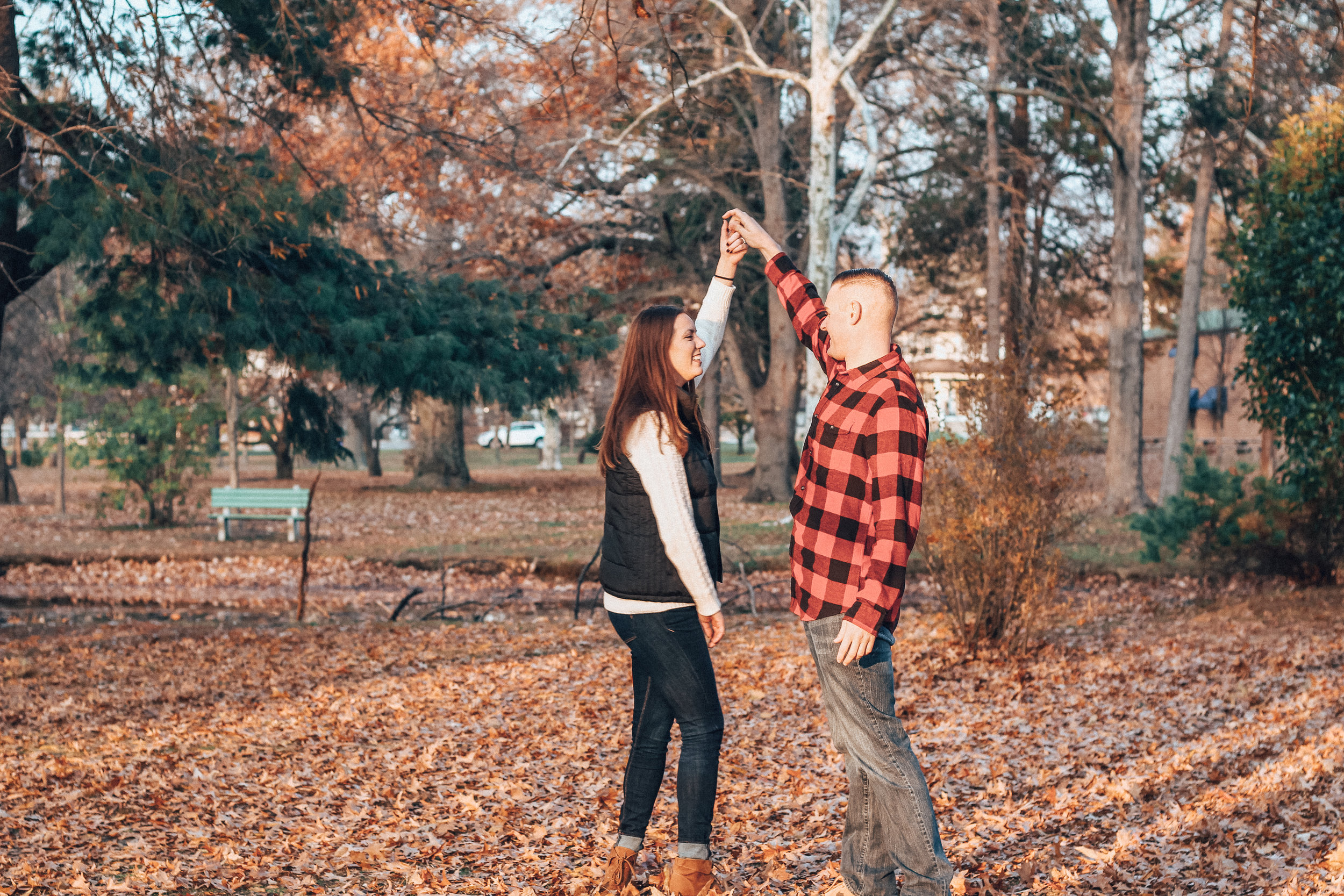 caitlin-elliott-new-jersey-engagement-wedding-photographer-kristen-josh04