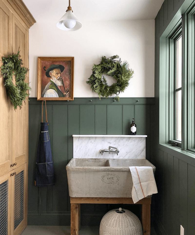 Buildingwalnutfarm-mudroom-christmas-wreaths-caitlin elizabeth james-rhode island-ranch.png