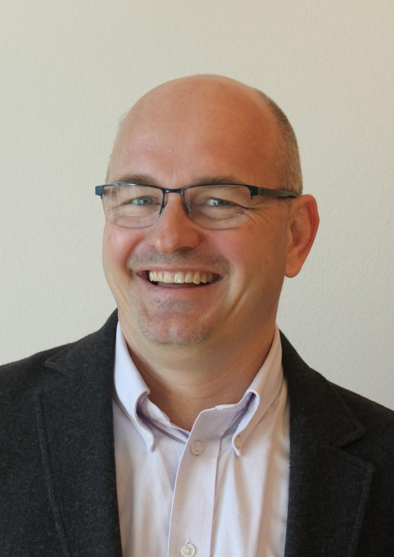 Patrick Link   p.link@entux.ch   Design Thinking  Agiles Produktmanagement  Lean Innovation