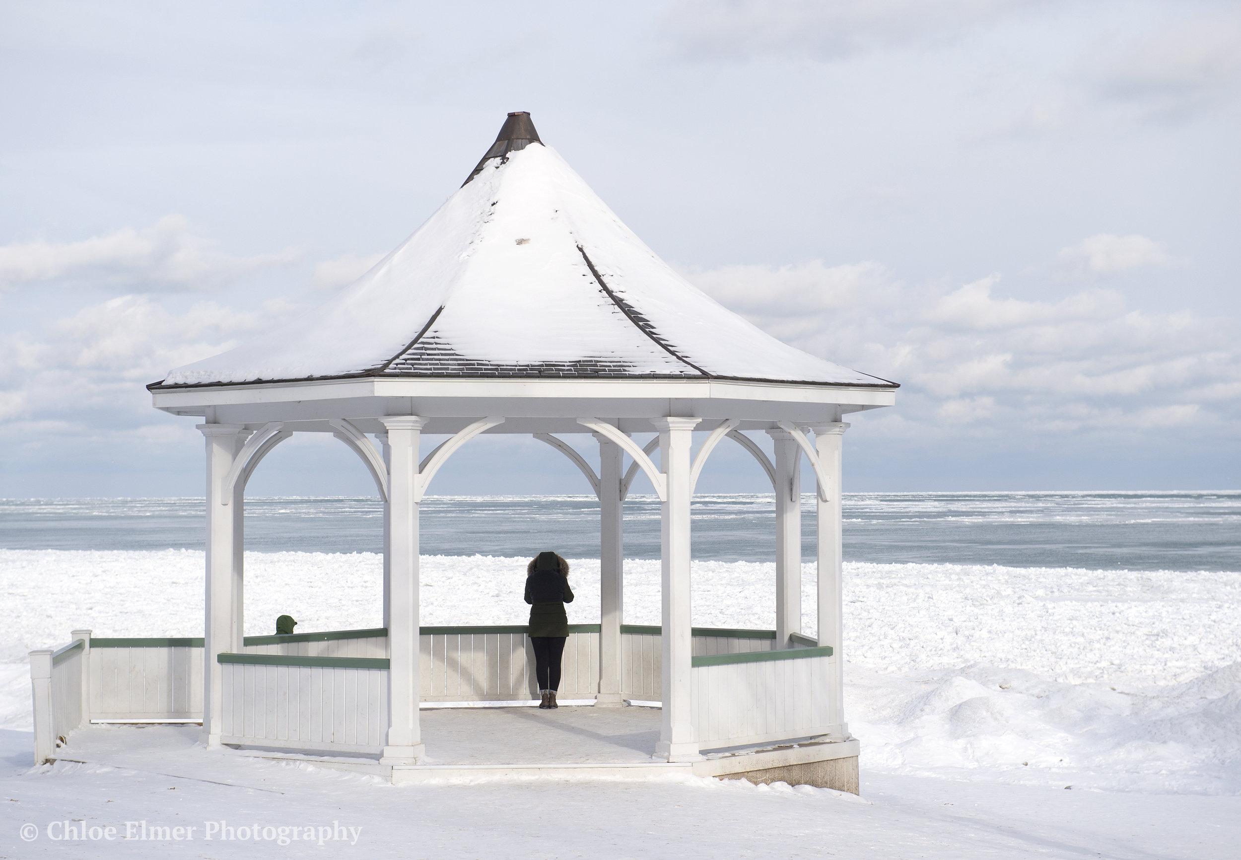 Area of Niagara-on-the-Lake where the lake was partially frozen.