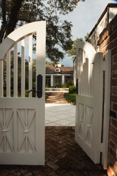 Midtown Classical Revival Addition / Restoration Gate