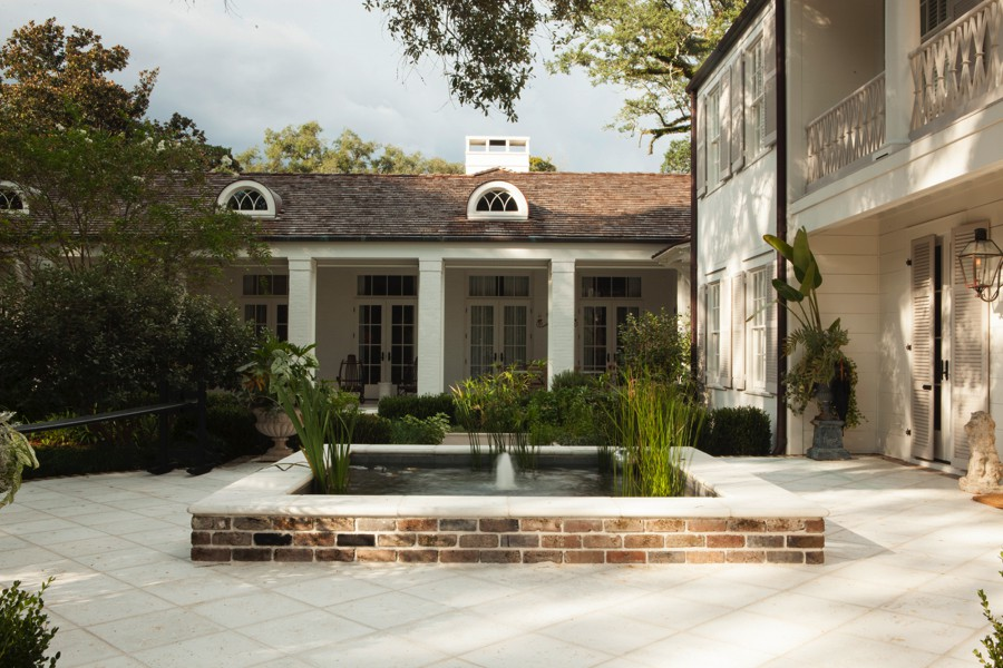 Midtown Classical Revival Addition / Restoration Fountain