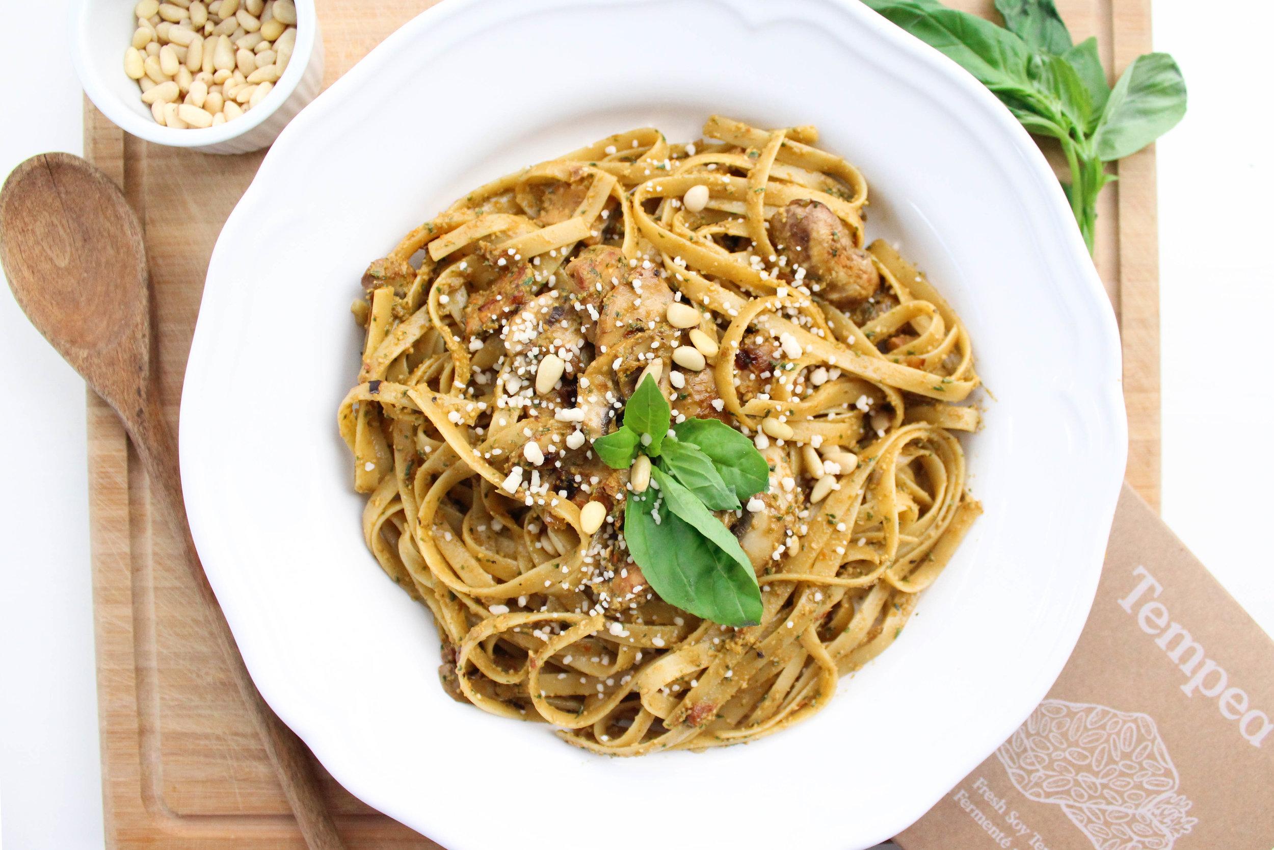 Tempeh Sundried Tomato Pesto Pasta -