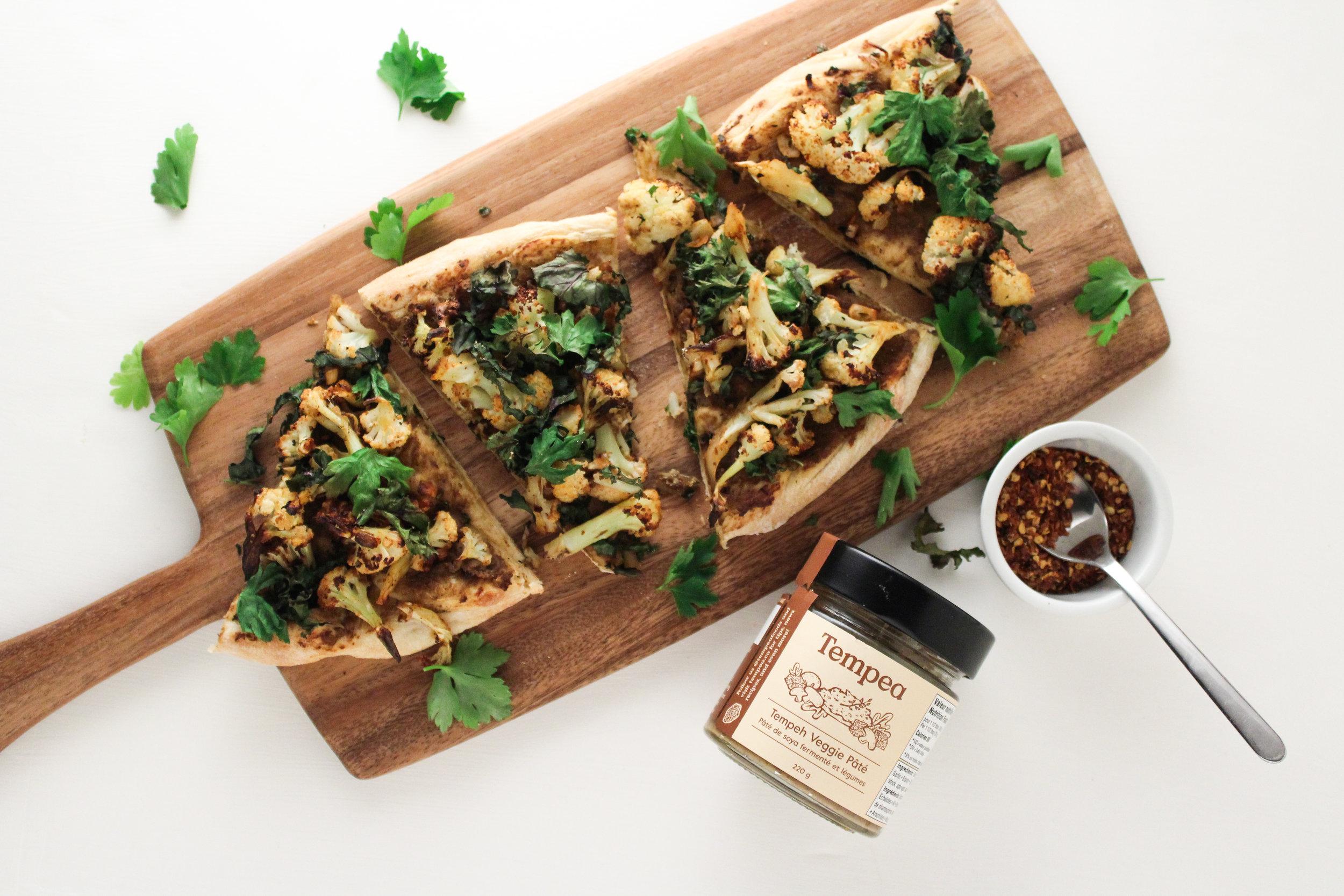Tempeh Pate Cauliflower Pizza -