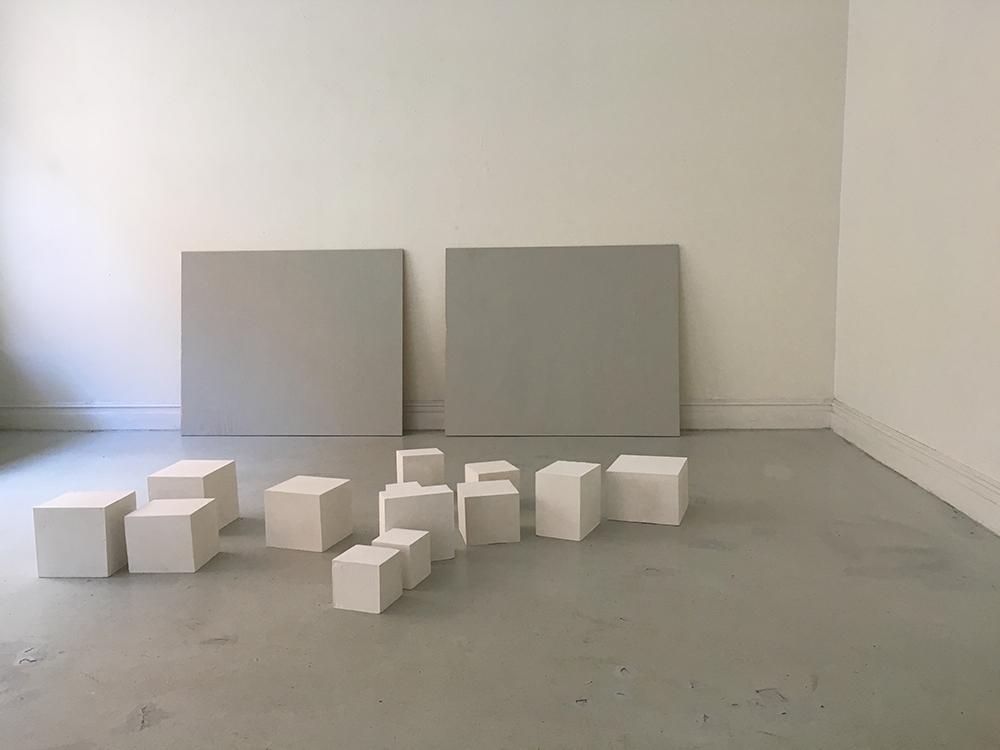 Bild 1, ¨More Common Than Anyone Imagined¨, gips, trä, lasyr,installation, 2x1x3m, 2016.jpg