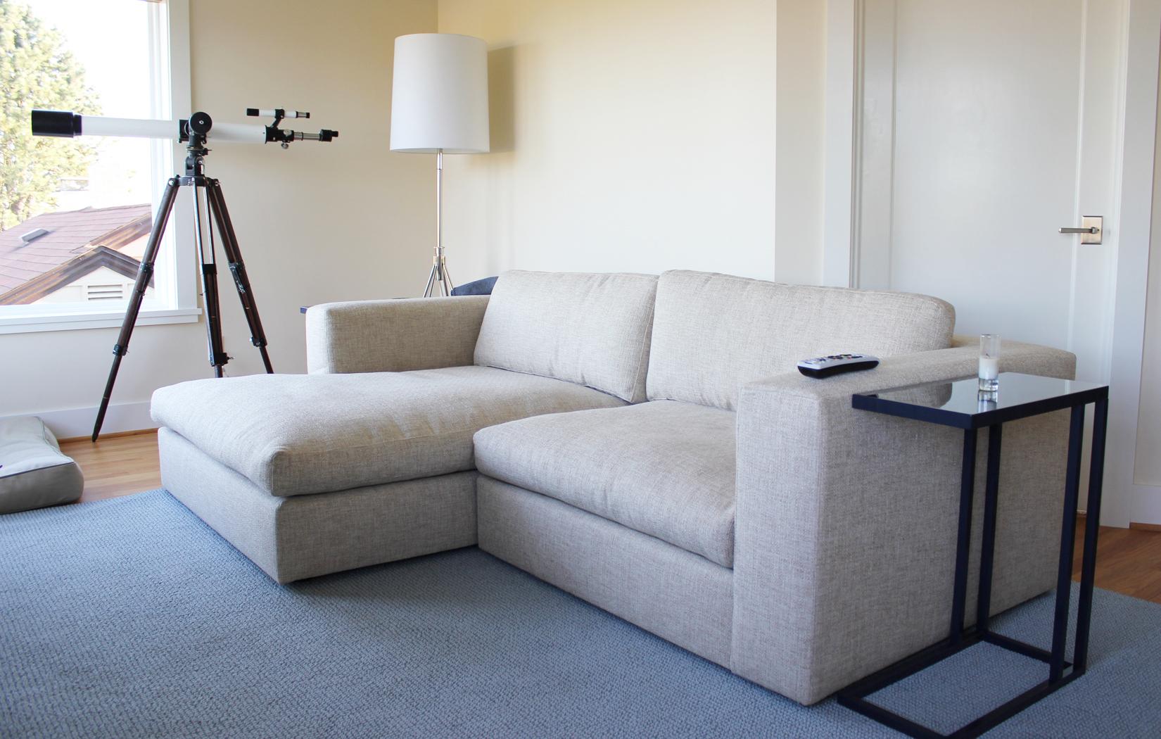 The Calvin Sofa-Chaise