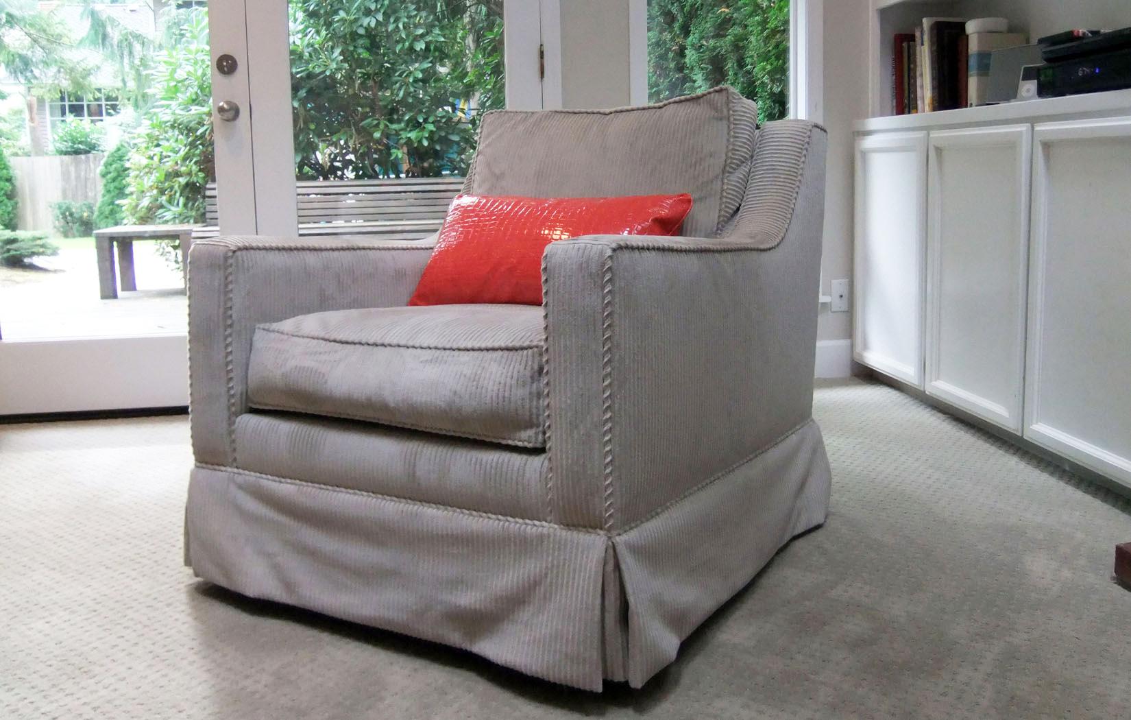 The Charleston Chair | Swivel Chair