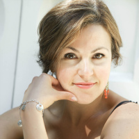 elena lipson - testimonial - artist desiree east