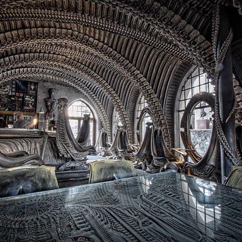 Giger. #hrgiger #giger #designer #comingsoon #fashion #design #interiordesign #interior #organicdesign #avantgarde #aliens