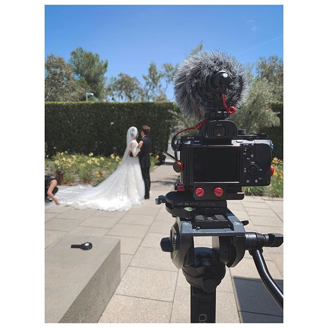 Another wedding action on a sunny day in socal. #twoweddingsinarow #weddingvideography #sonya7sii #crosslinechurch