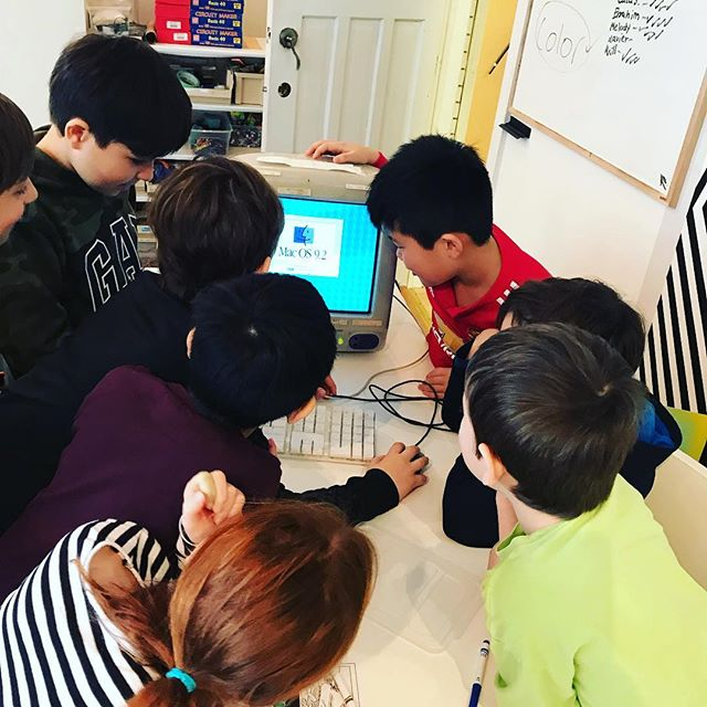 What cause a big commotion this morning with our PA day campers? our iMac G3 ! Yes it still works and it's beautiful 😍 . . . . . #paday #stem #steam #funfriday #toronto #kids