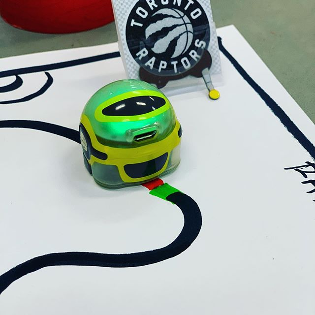 #ozobot is playing basketball today ! Fun Fairs happening across #toronto and our STEM activity is raptors inspired ! #wethenorth  #toronto #stem #stemeducation