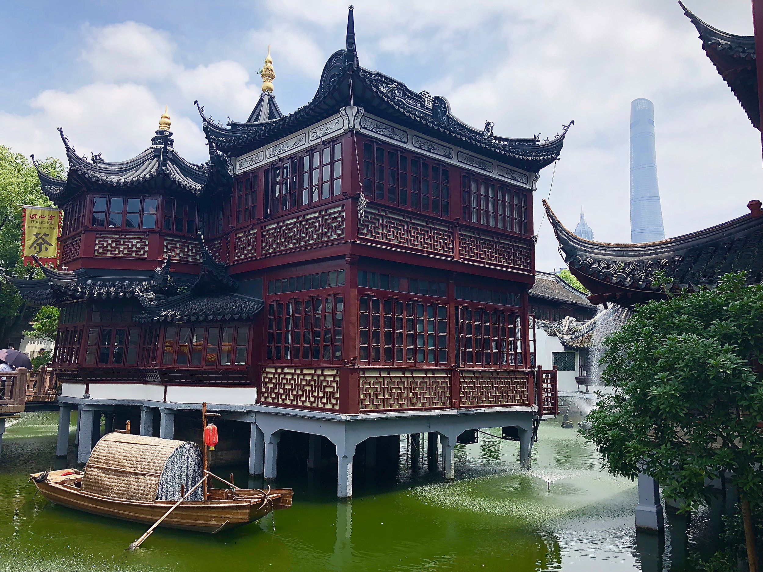 A photo of the Yu Garden and Bazaar  Photo by Eli Troen #250