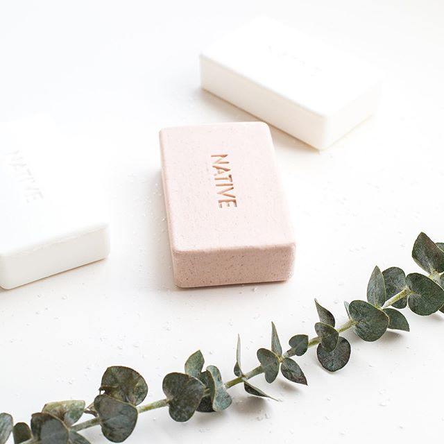 Bar soap is typically not my thing...⠀ ⠀ ⠀ BUT, I'm so in love with @native . They have the freshest scents and you can feel good about using a chemical free product. Anyone else tried their line? 🌱