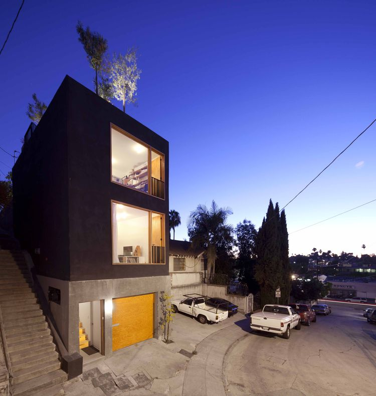 Eel's Nest House - SMALL SPACE ARCHITECTURE