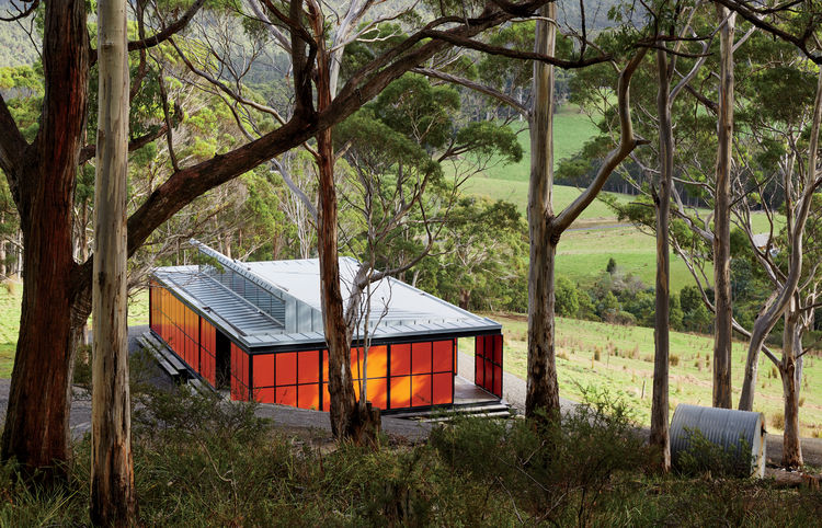 Off-grid & Prefab - SUSTAINABLE ARCHITECTURE