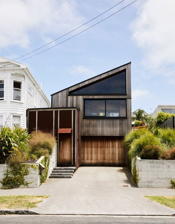E-Type House - ARCHITECTURE