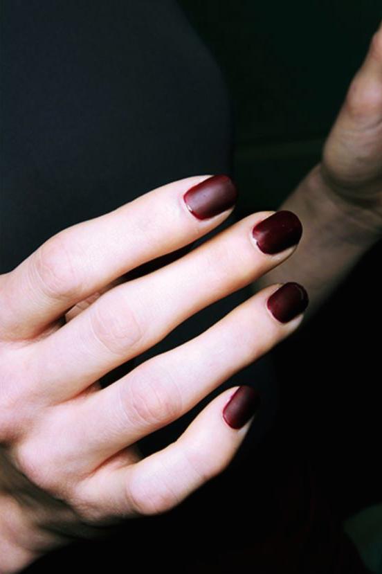 burgundy.png