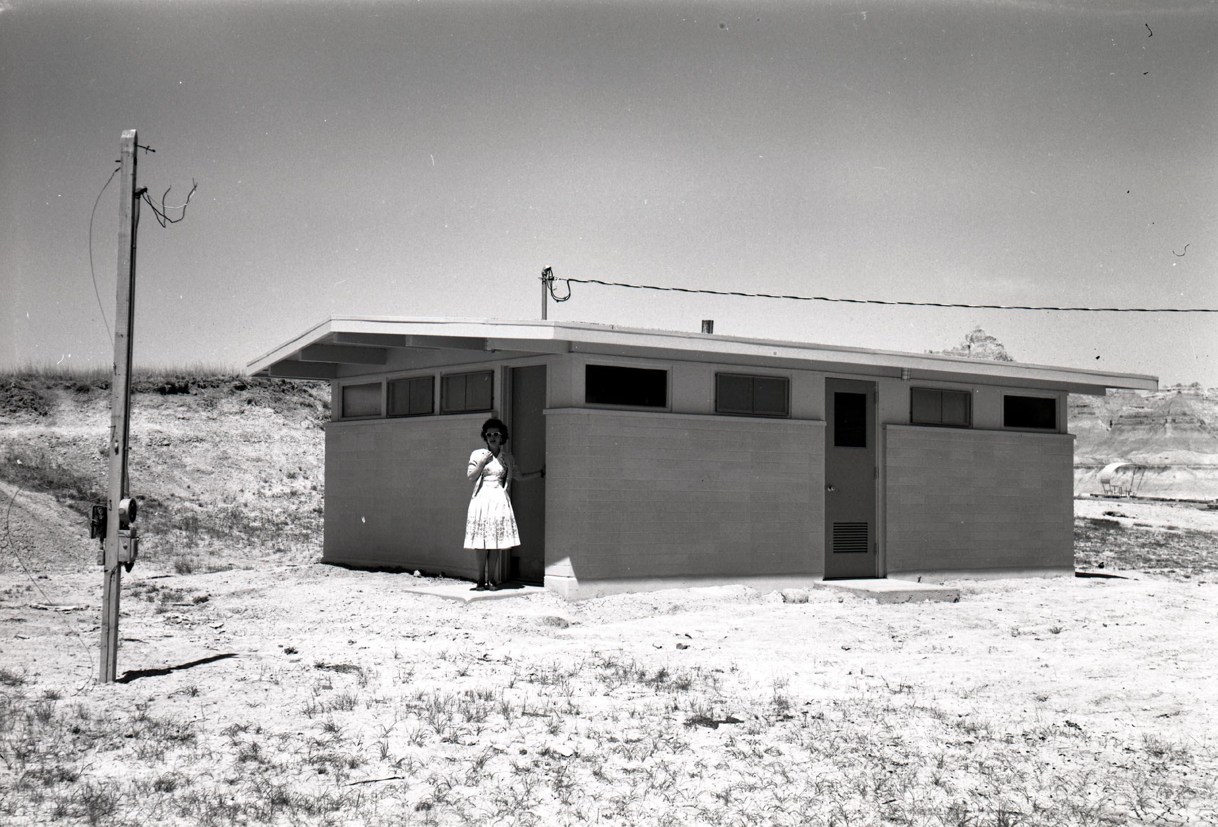 BADL2755-Comfort station; Cedar Pass Campground_1961-jpg634347512787314354.jpg