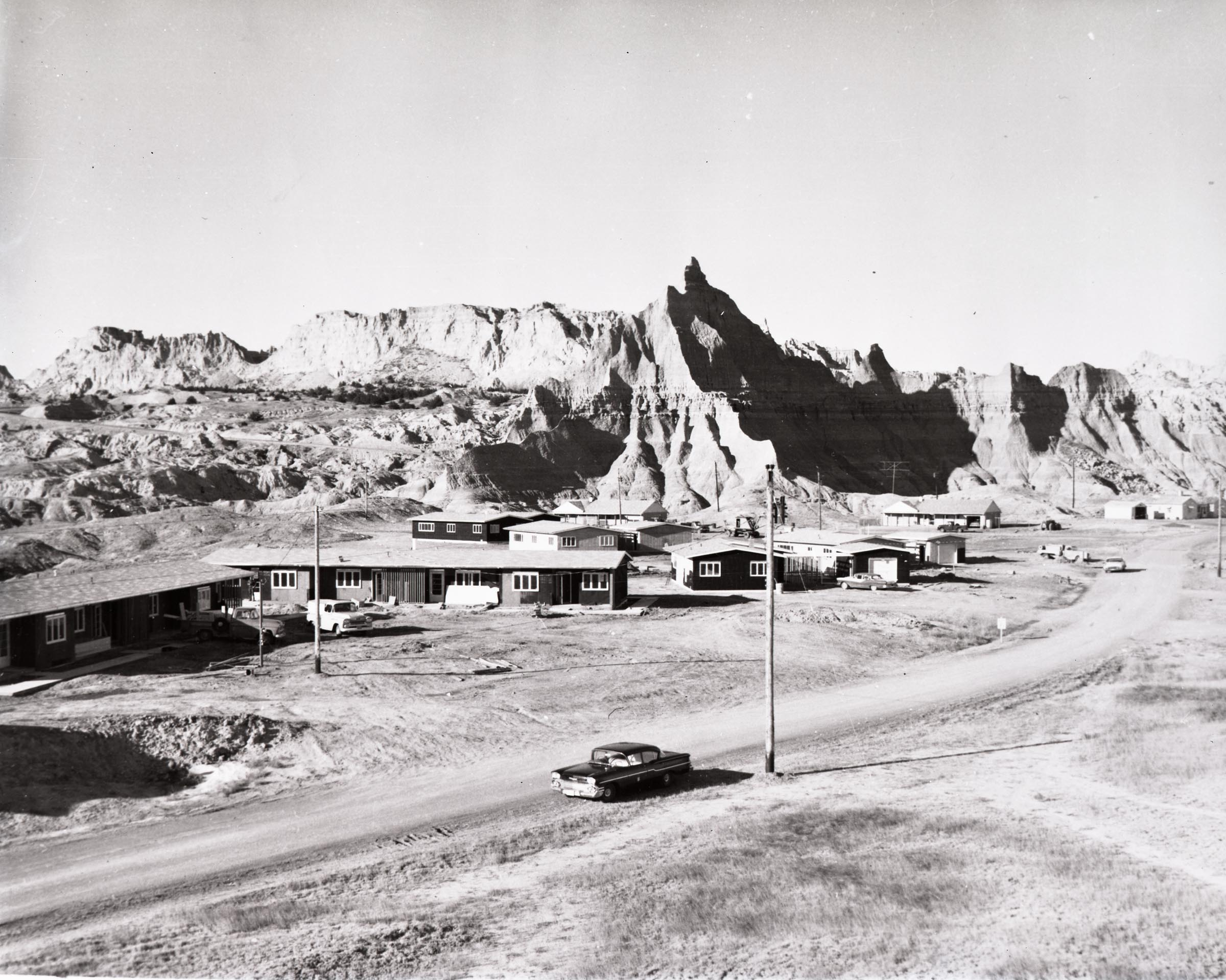 BADL2935a-Apartment buildings and new residences under construction by Cornor, Howe and Lee_1959-jpg634351086668481403.jpg