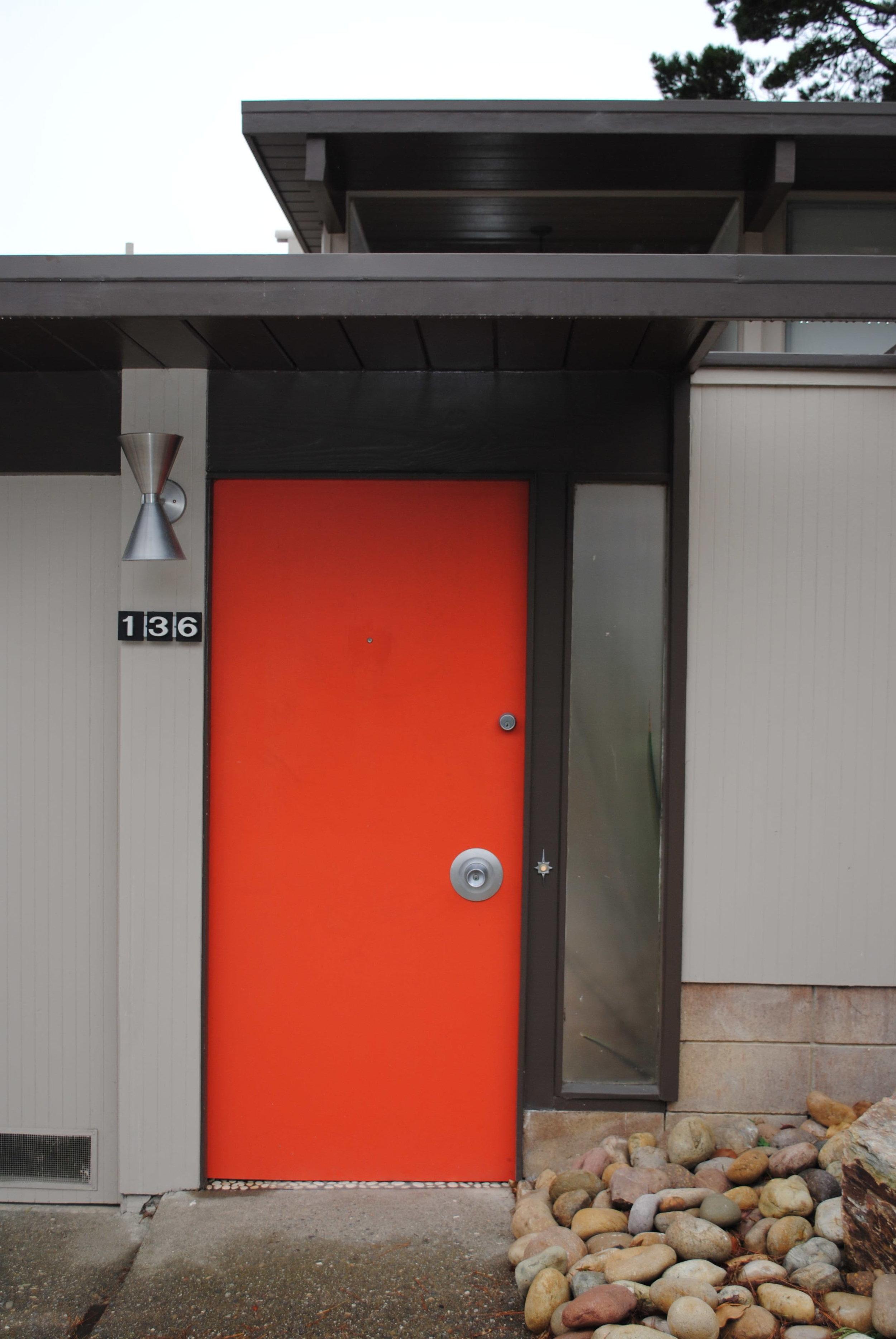 7510007_original front door detail.JPG