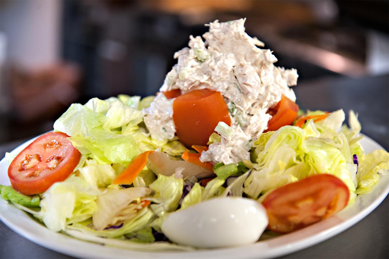 Salad: Stuffed Tomato with Tuna