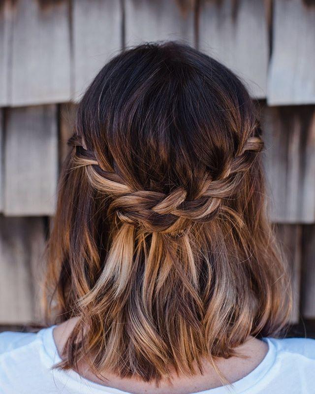 Hair by @hdelzani * * * * * #hairposts #bride #bridalhair #modernsalon #weddinghair #braids #latherlovesweddings #hairbyhaleyd #hairbrained #handpainted #balyage #cle #masterofbraids #rockyriverstylist #haircolor #hairstyle  #hairsquad #hairofinstagram #cleveland #hairdressersthatslay #hairoftheday #localgirlgangcle