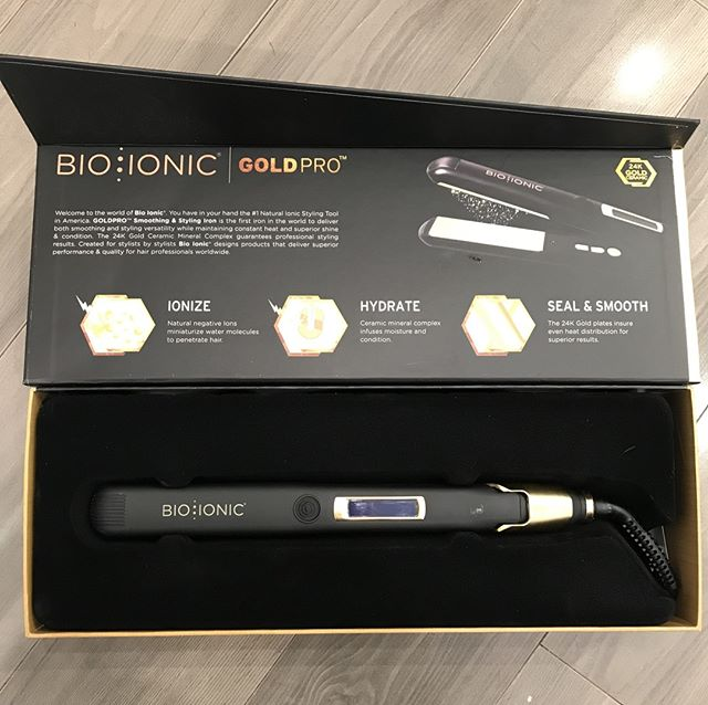 Whether you wear your hair curly or straight, the #bioionic styling iron is your best friend and comes with a one year warranty! Don't know how to style your hair? Book a Styling 101 appointment with one of our stylists 💁 * * * * * #hairposts #modernsalon #latherlovesweddings #hairbyhaleyd #bioionicla #hairbrained #handpainted #balyage #cle #masterofbraids #rockyriverstylist #haircolor #hairstyle #beyondtheponytail #hairsquad #hairofinstagram #thepowerofgoodhair #authentichairarmy #cleveland #hairdressersthatslay #hairoftheday #localgirlgangcle
