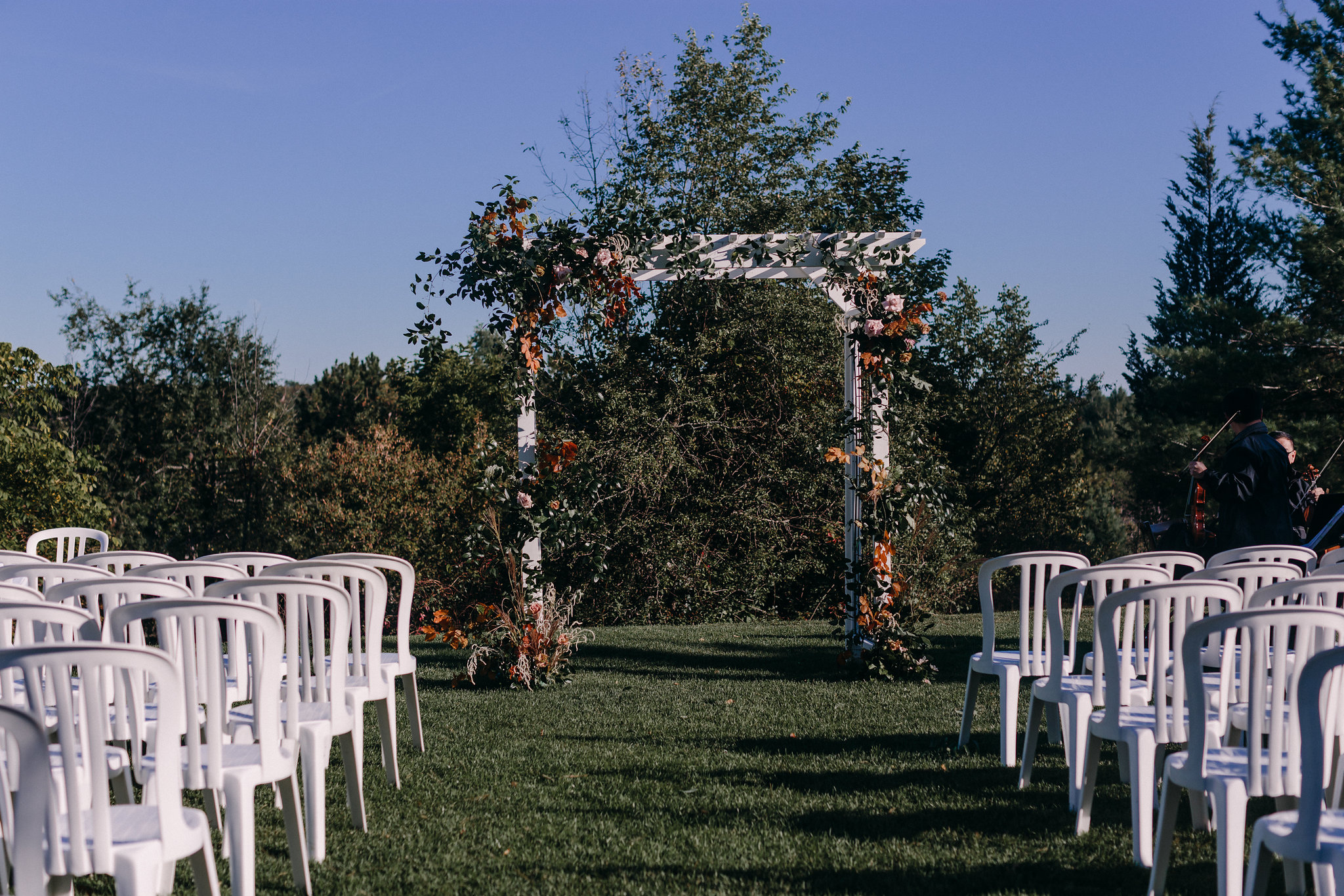Audra-Scott-McMichael-Art-Galley-Kleinburg-Wedding-INLY-Event-Planner-Stylist35.jpg