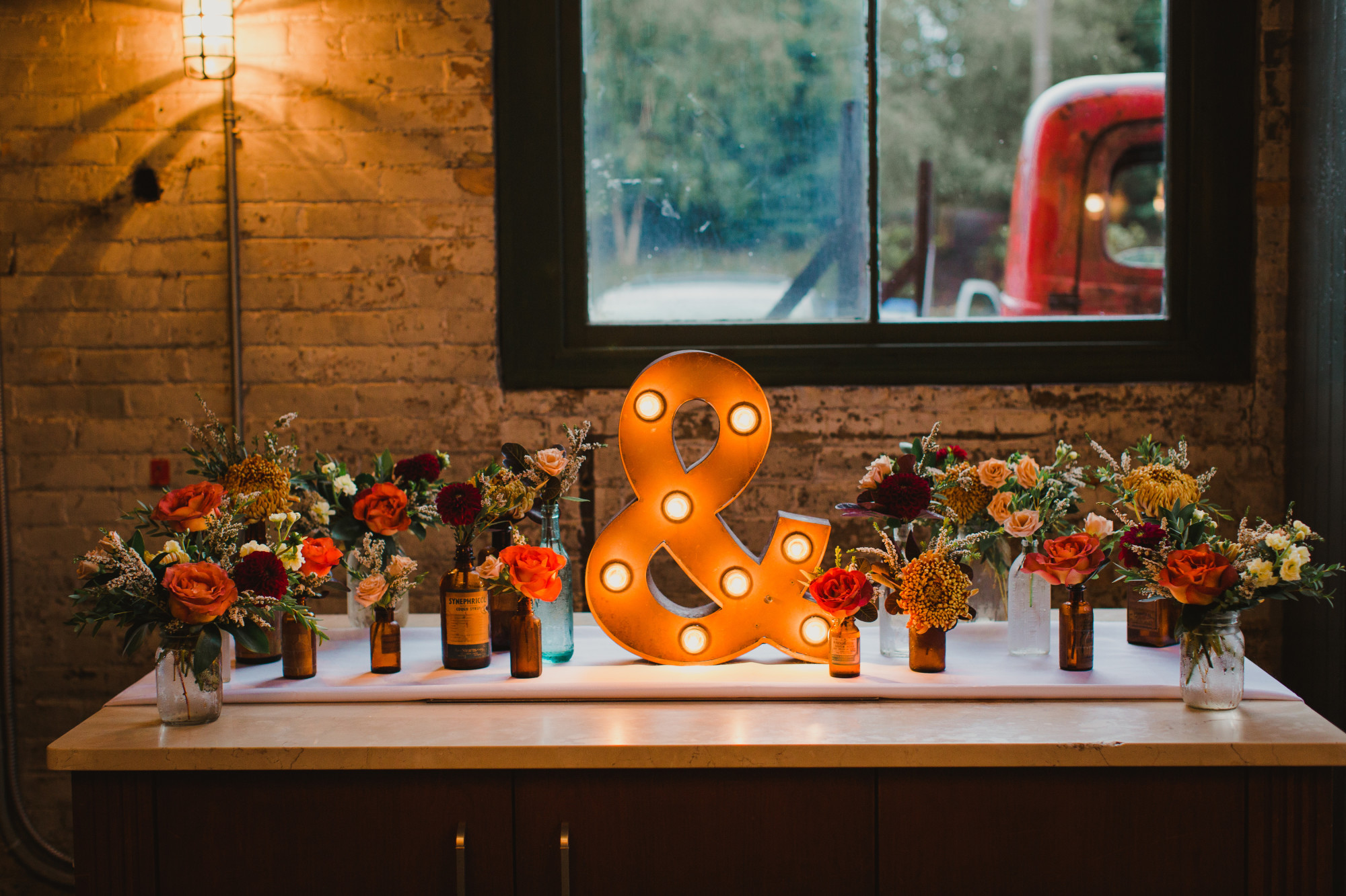 Beth-Ted-Balzacs-Coffee-Distillery-District-Toronto-Wedding-Planning-INLY-Events-Lushana-Bale-Photography-099.jpg