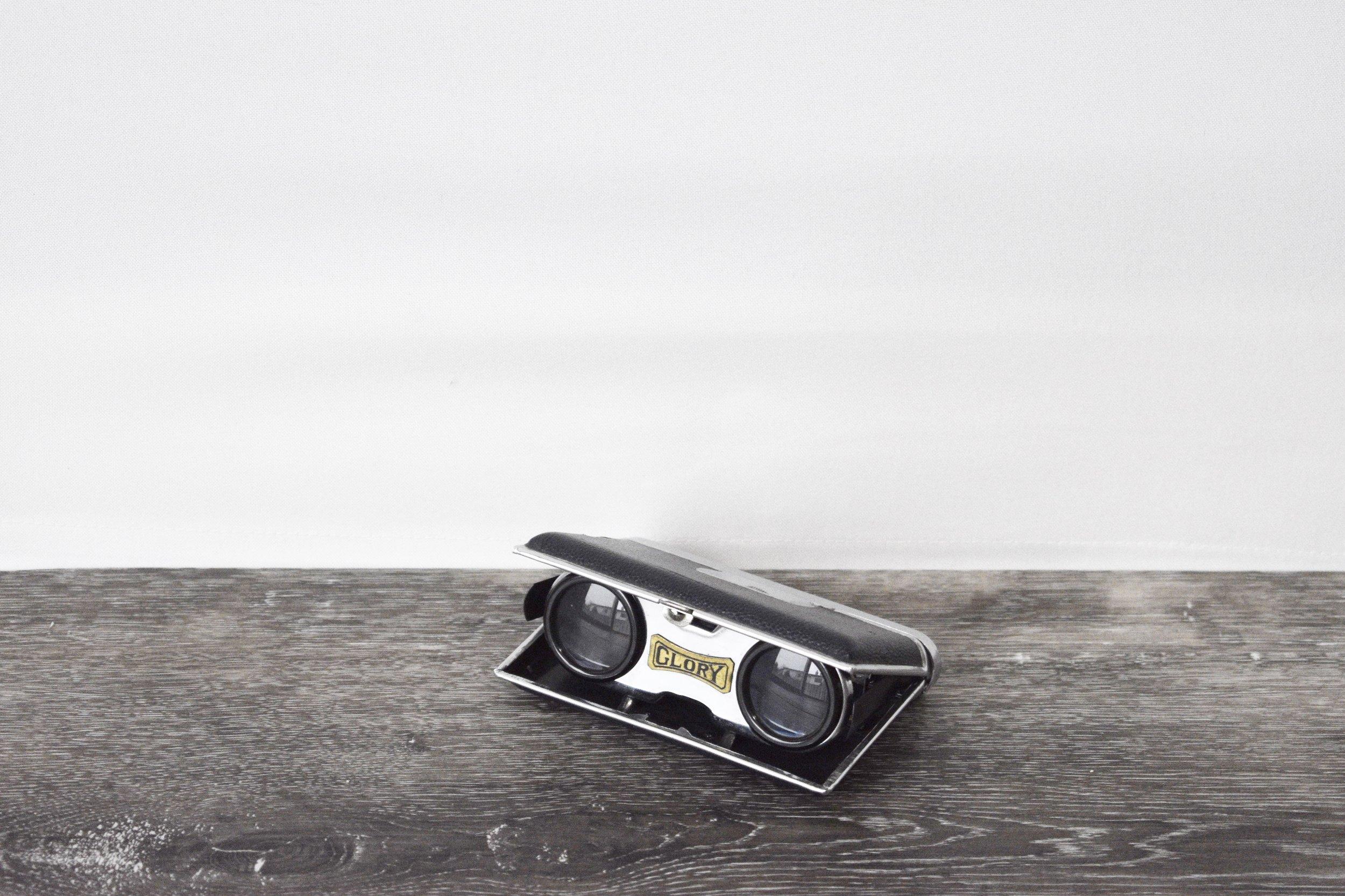 Binocular Prop