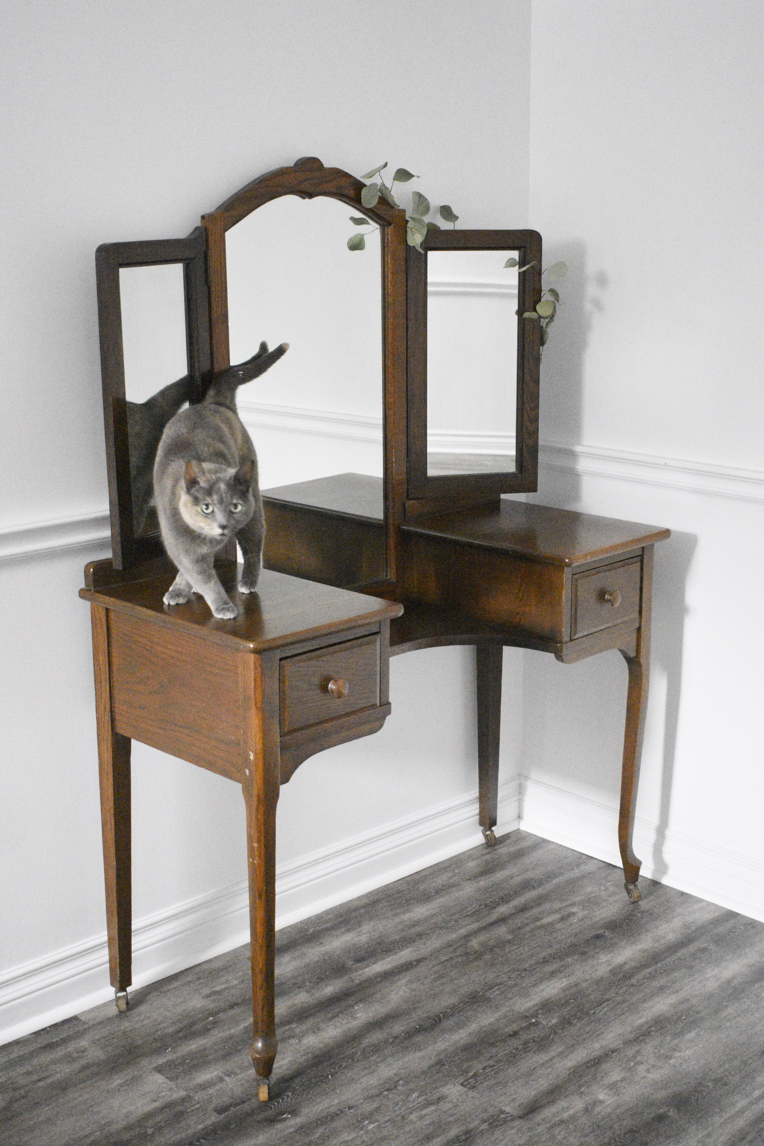 1920s Vanity