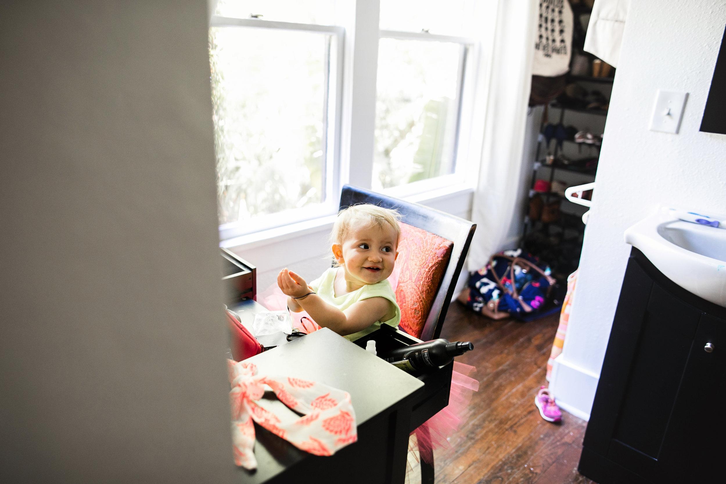 baby plays at moms vanity-(ZF-0126-04493-1-050).jpg