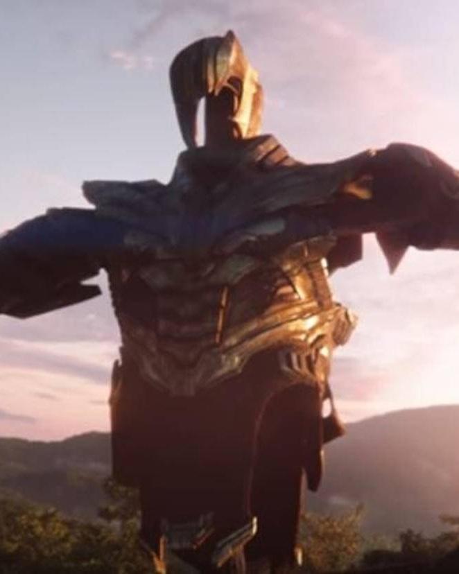 Avengers-4-Thanos-Ruestung-Marvel-Deutschland.jpg