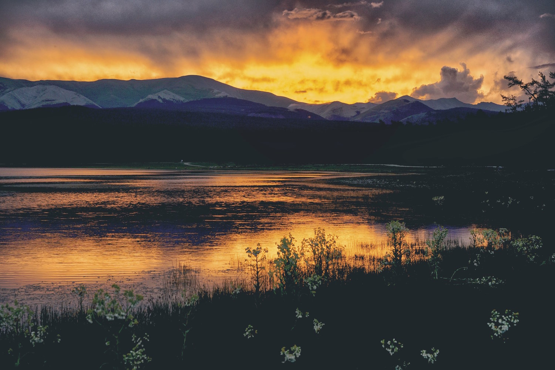 Khasar_S_SunsetOfTheNorth_Fade_Huvsgul_Mongolia_Summer_2016.jpg