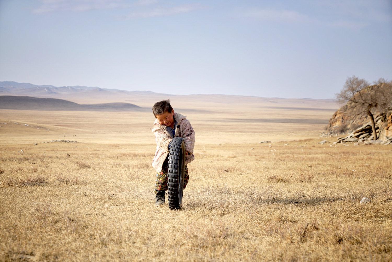 Khasar_S_TheBestToyIsTheOneYouHaveWithYou_Tuv_Mongolia_Autumn_2016+2.jpg