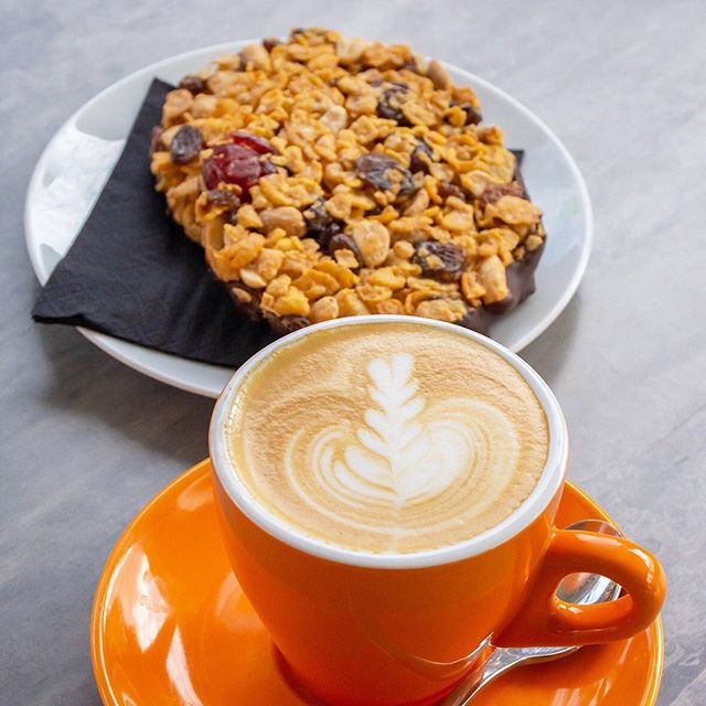 The right way to start the day! Enjoy a coffee and treat at @fromagethecow 🐮 #fromagethecow #brisbanecoffee