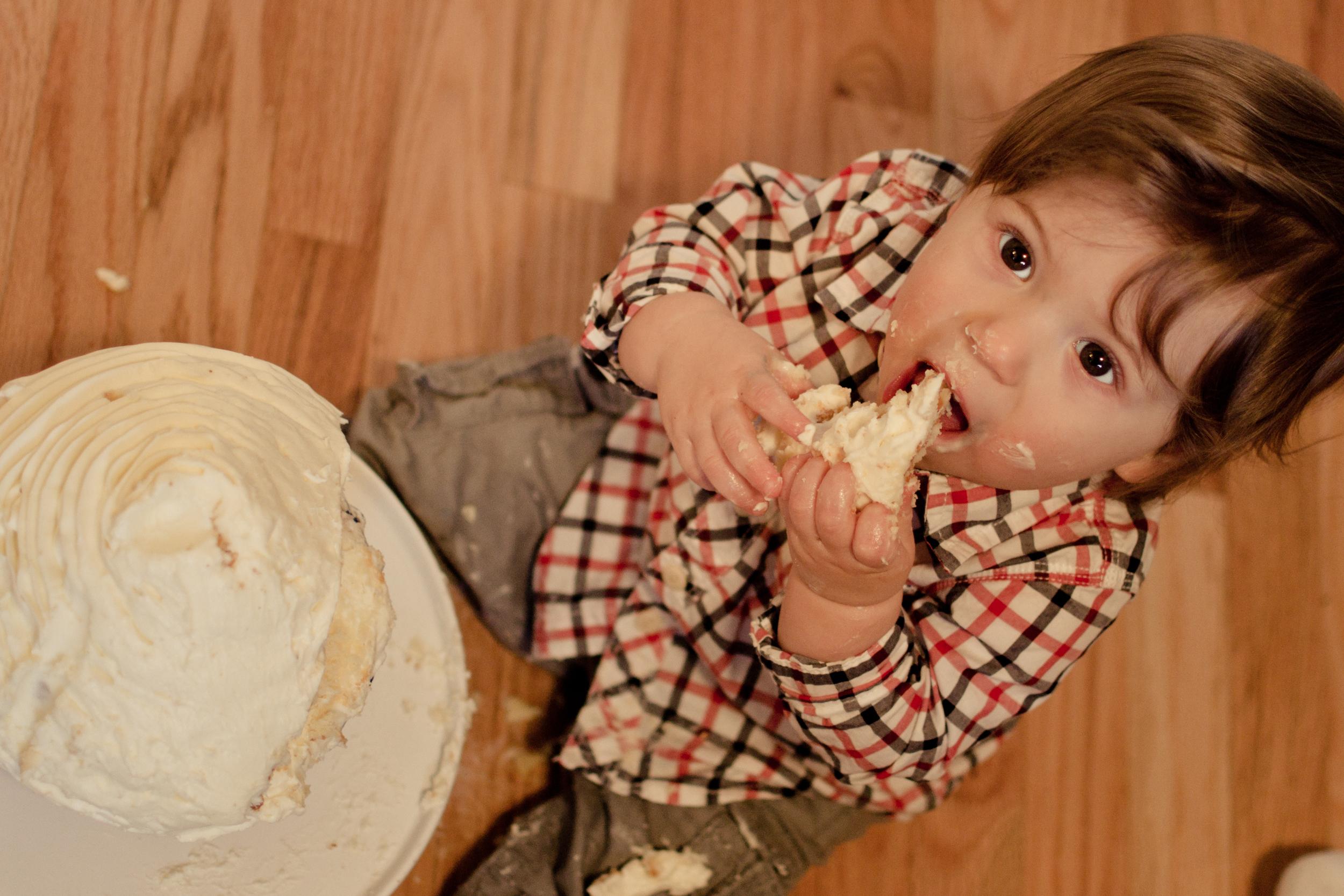 stevie-cake-smash-32-of-41.jpg