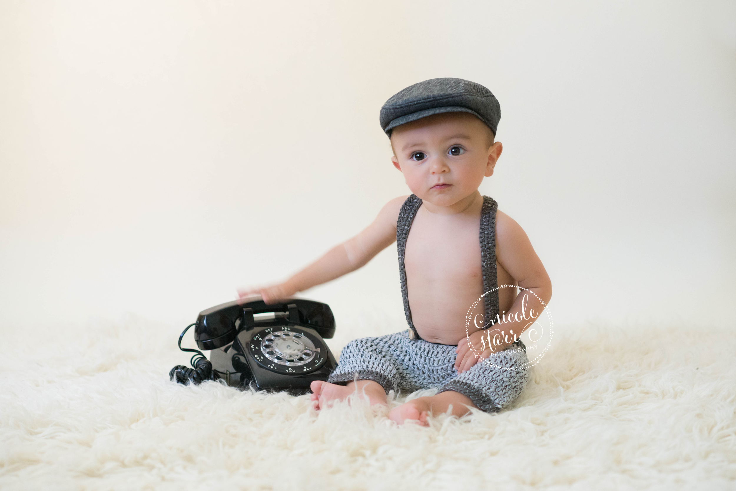 saratoga springs clean and classic baby photography