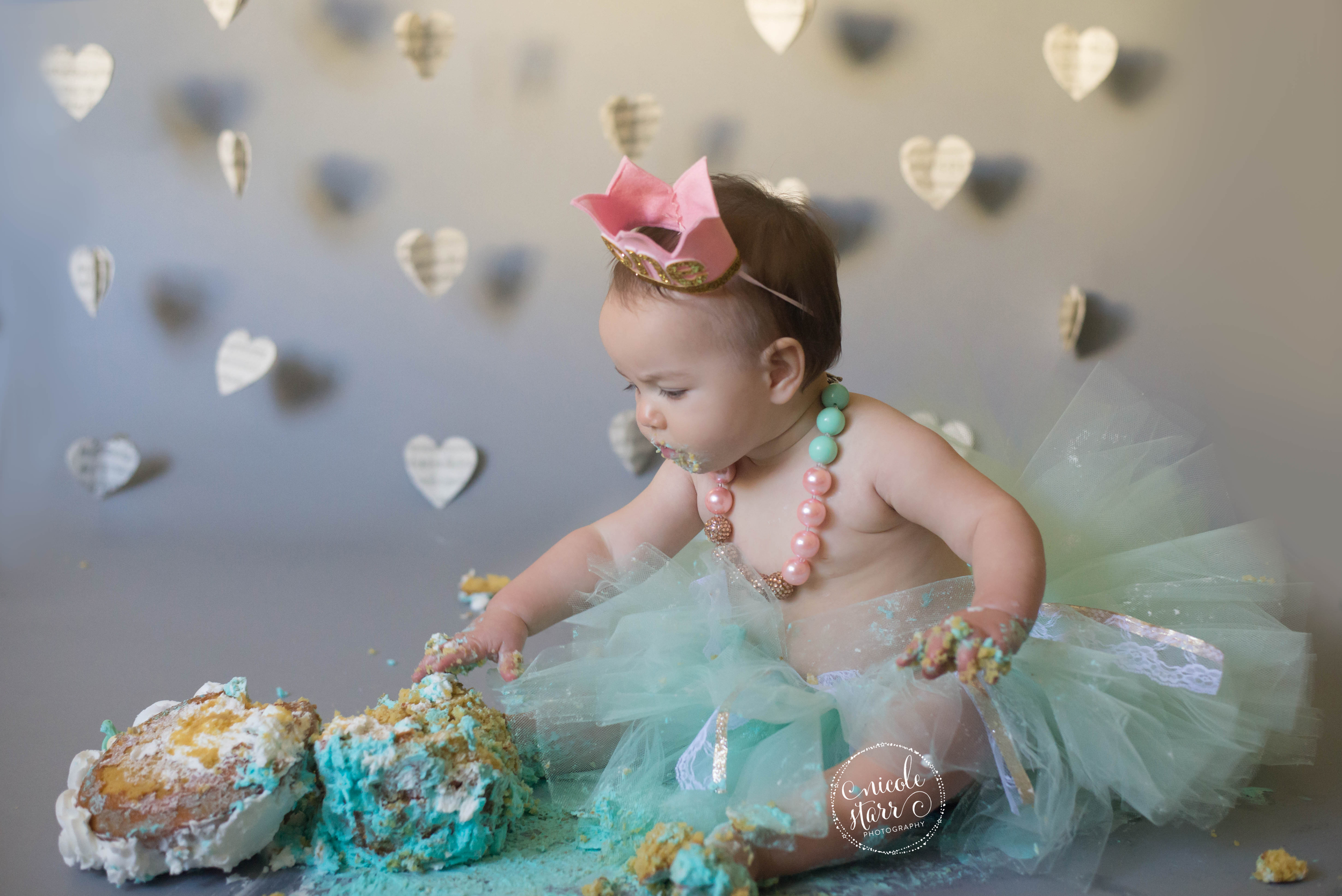 pink and teal cake smash session