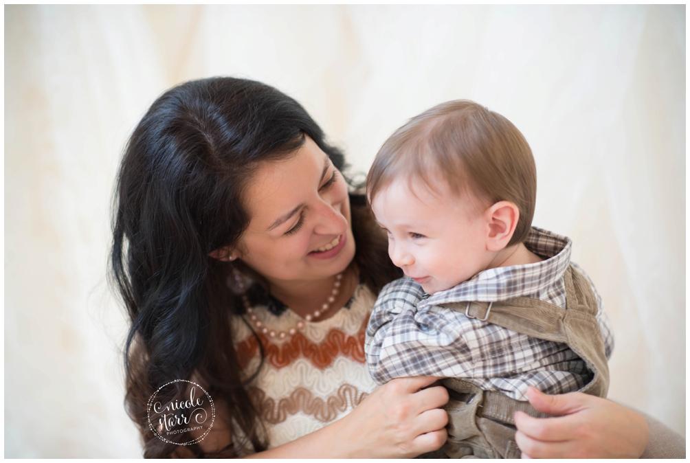 Organic motherhood sessions | Boston Baby Photographer_0013