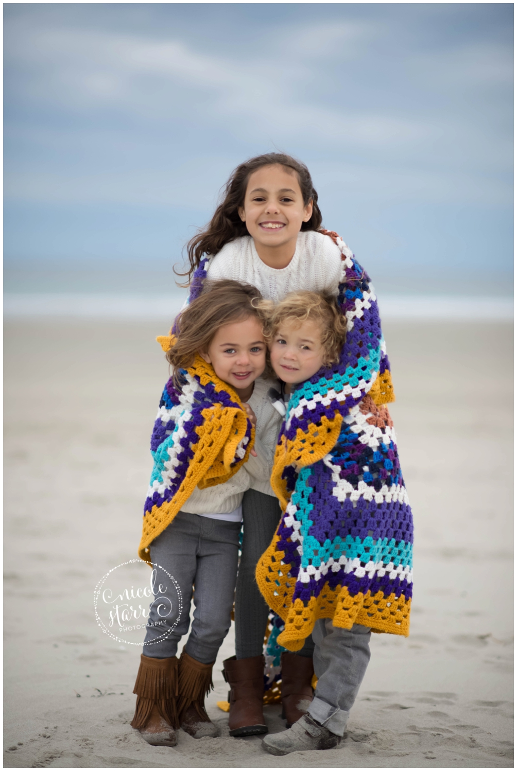 fall family photo session on a beach_0020