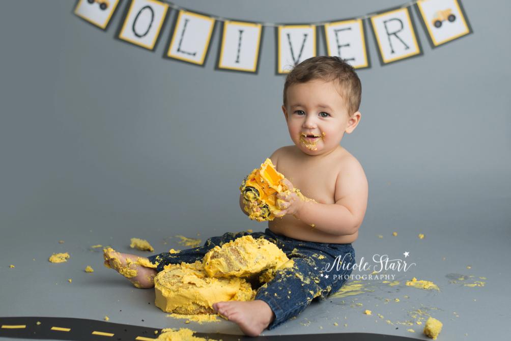 upstate new york saratoga albany cake smash first birthday baby photographer_0017.jpg