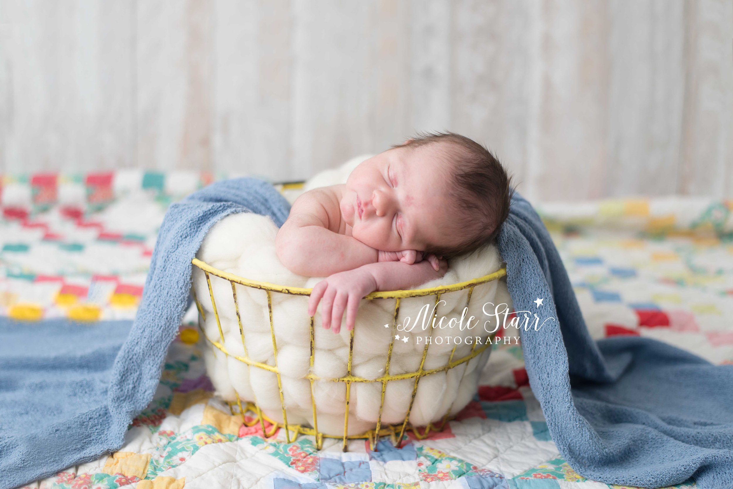 clifton park new york newborn photographer.jpg