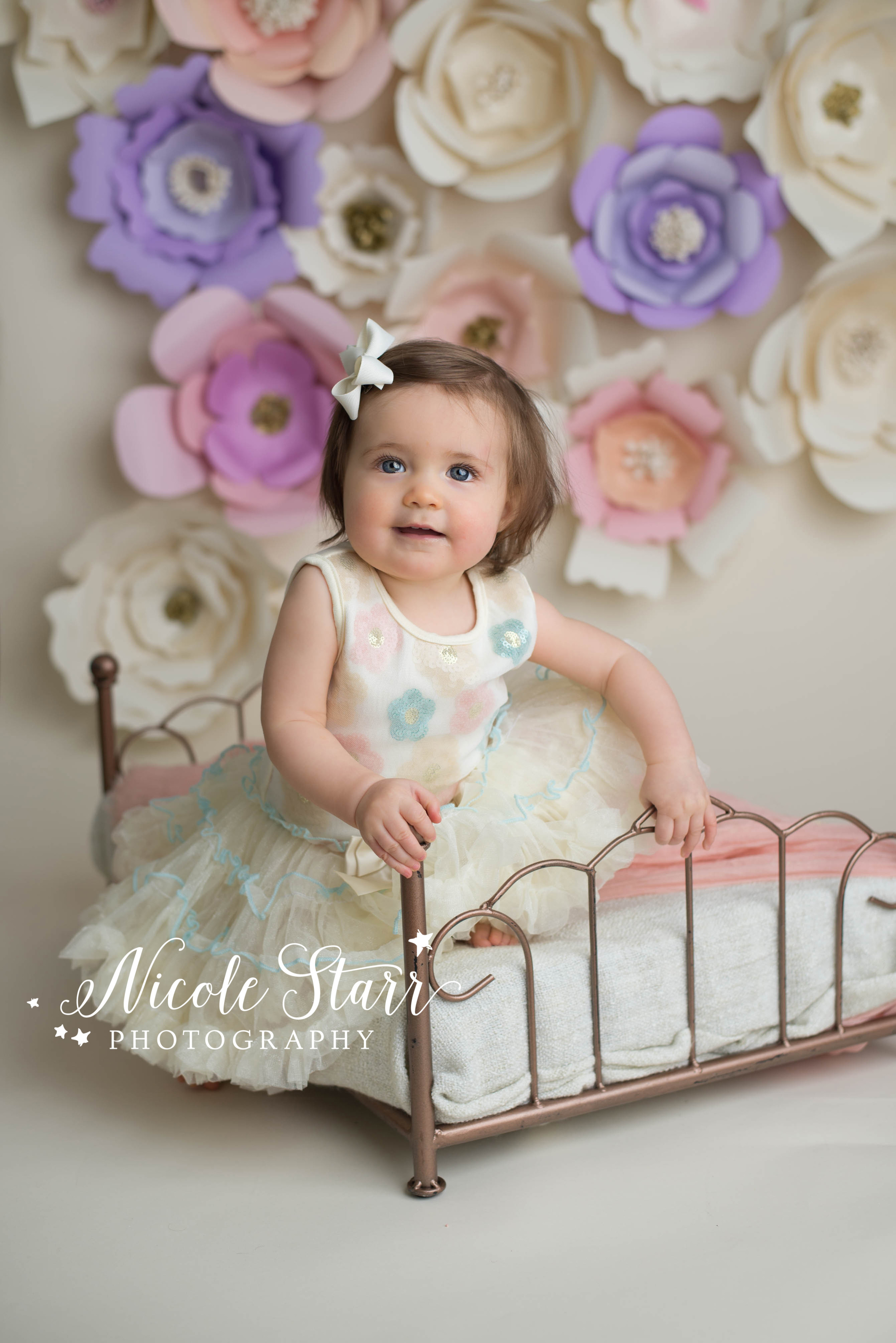 albany saratoga springs baby photographer DIY paper flower backdrop