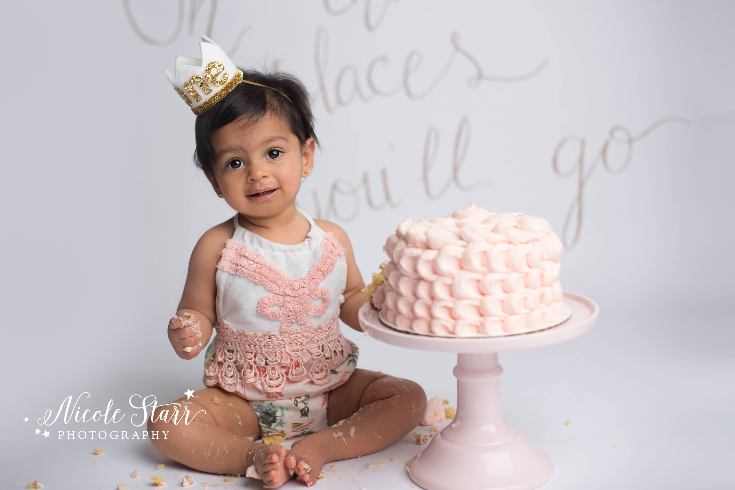 Soft pink birthday girl cake smash, Albany photographer Nicole Starr Photography